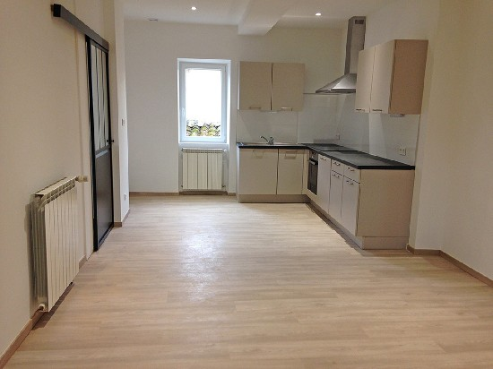 location appartement DAMIATTE 4 pieces, 120m