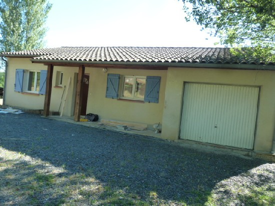 location villa BROUSSE 3 pieces, 70m
